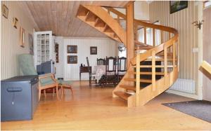 Den stora möblerbara hallen från vardagsrummet